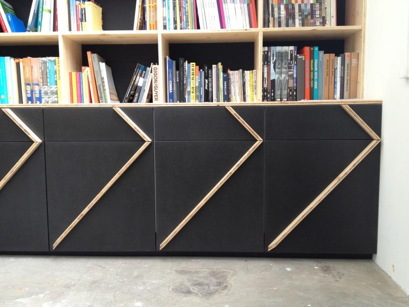 customized creations fabien pont. Black Bedroom Furniture Sets. Home Design Ideas